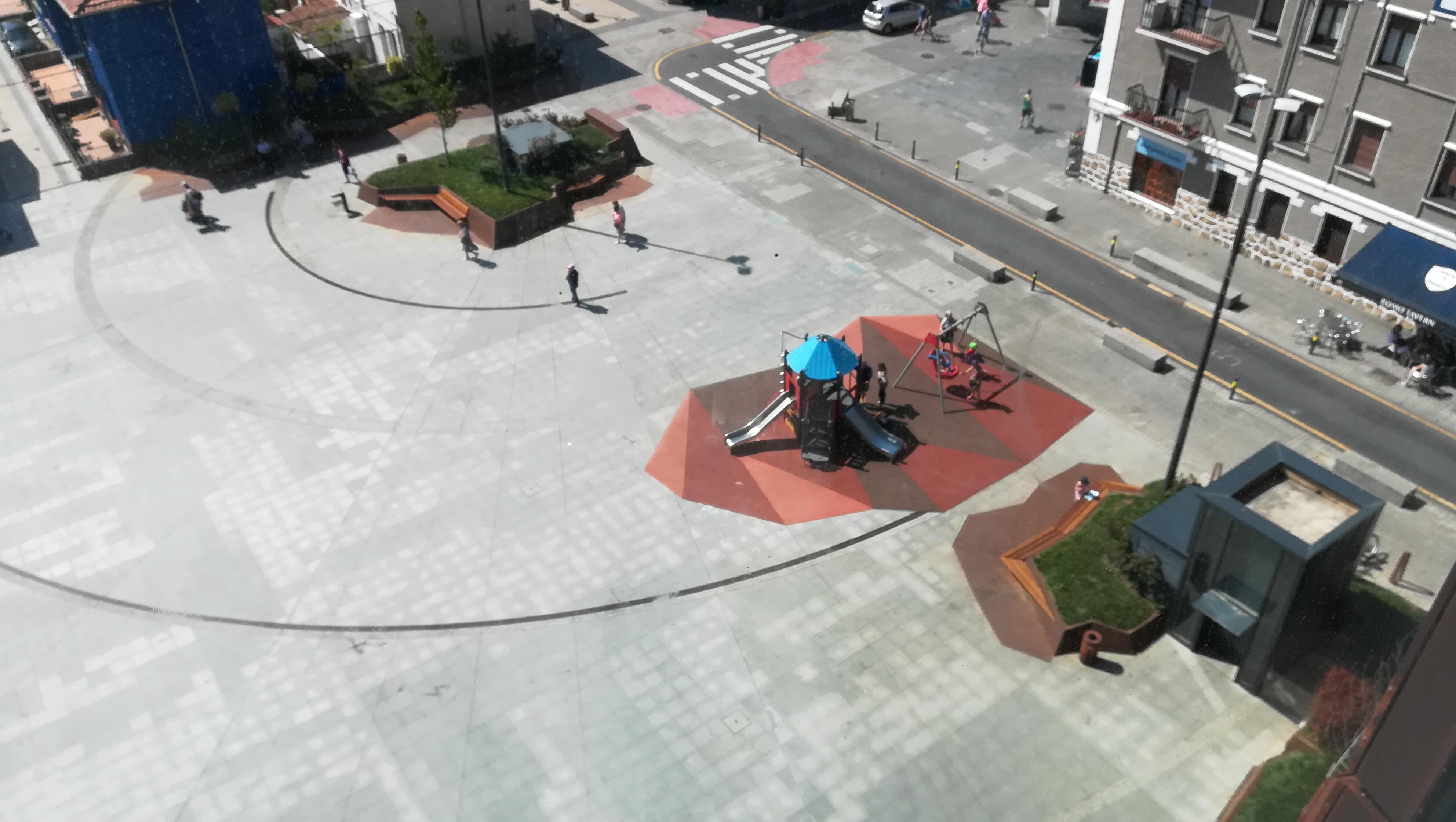 Plaza Sta Eugenia